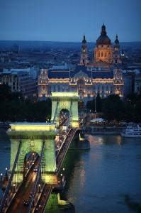 Budapest_Chain_Bridge1