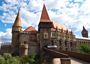 Hunyad_Castle_TB1