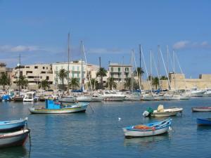 The_port_of_Bari,_Italy_(L._Massoptier)